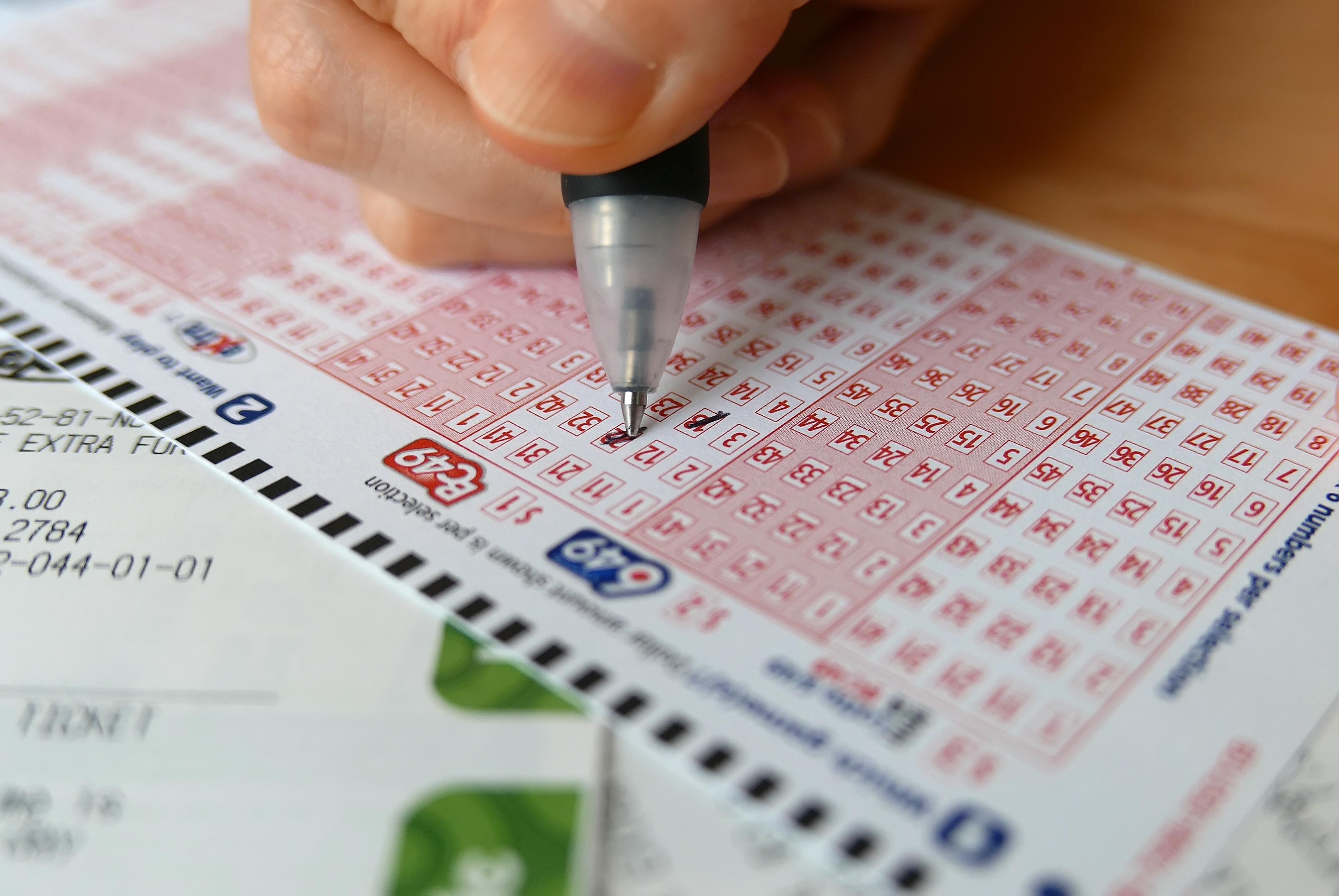 Покупка лотерейных билетов через интернет.  российские и иностранные лотереи