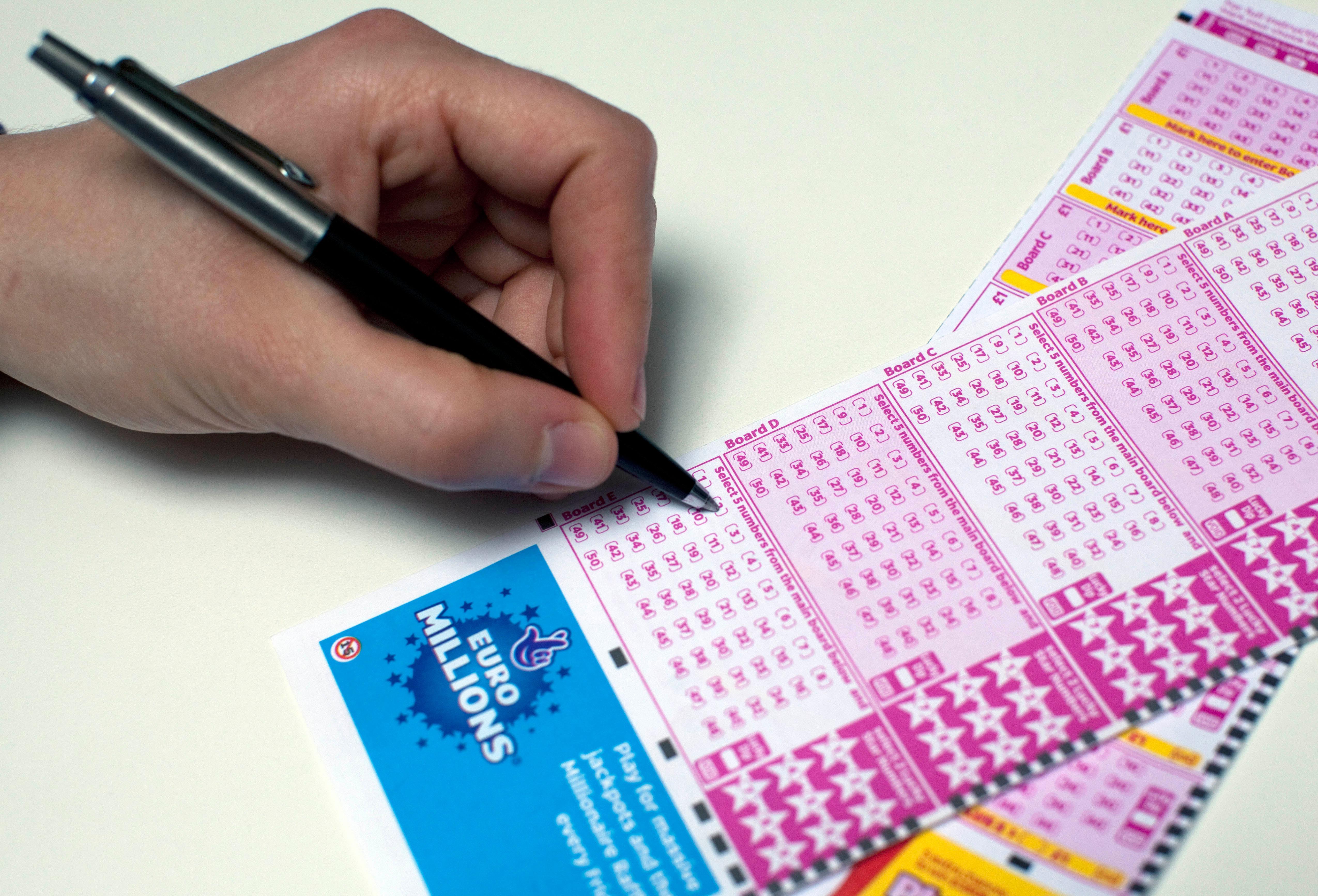Как выиграть в лотерею евромиллион в россии - миллион рублей