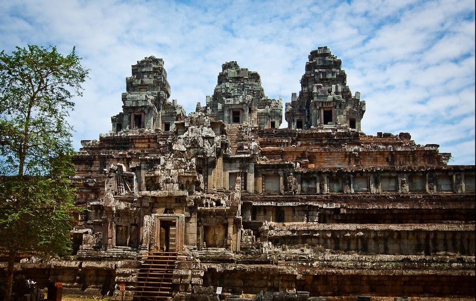 Камбоджа: столица, флаг, достопримечательности, отели и отдых