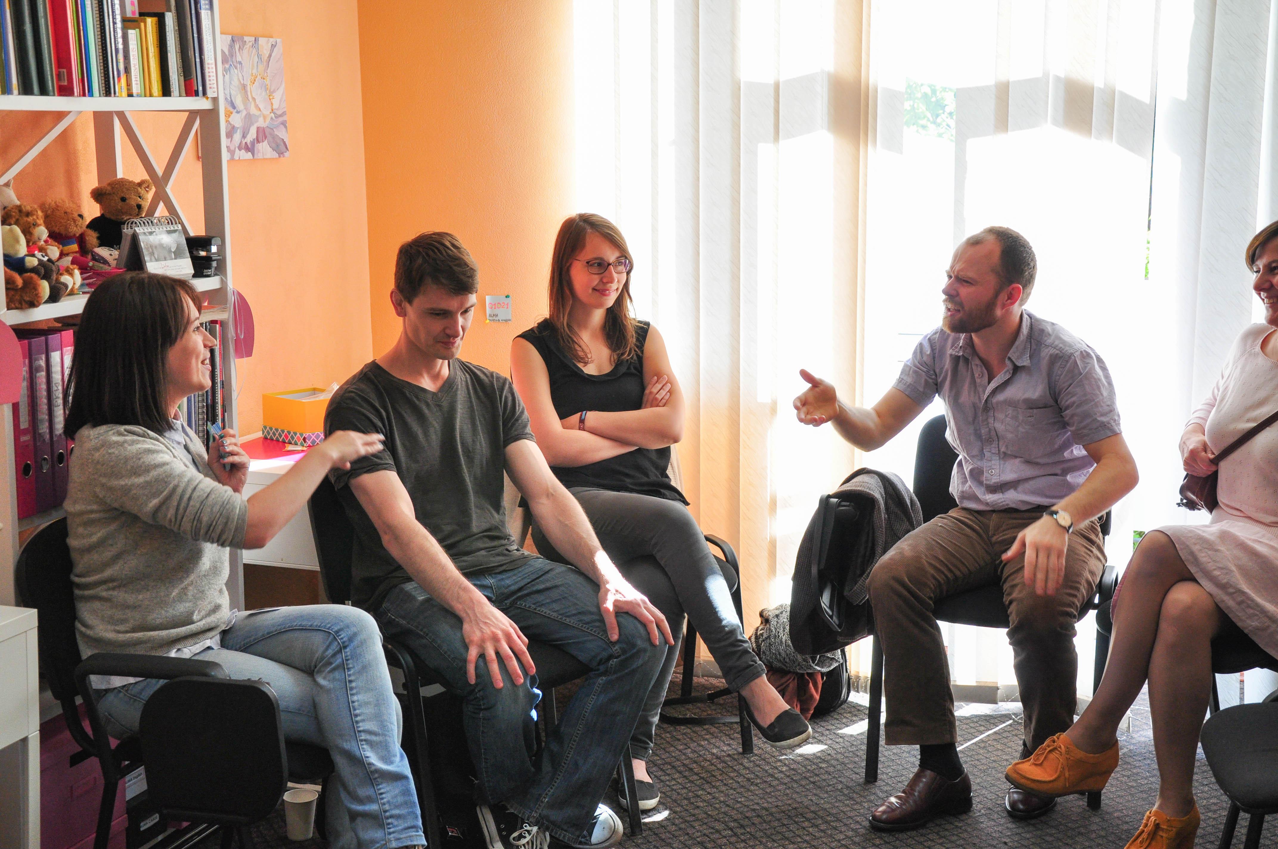 Разговорный клуб изнутри: интервью с основателем проекта english friends ксенией скоковой –журнал enguide